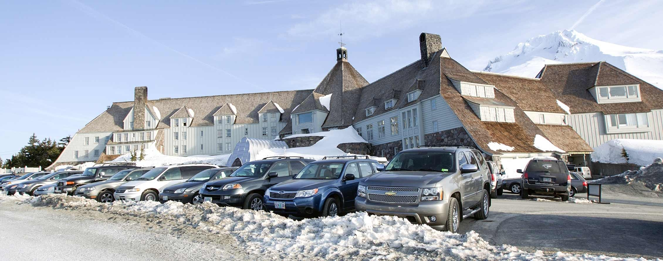 TIMBERLINE LODGE PARKING
