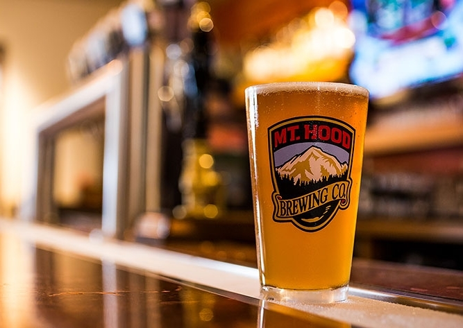 MT HOOD BREWING CO.
